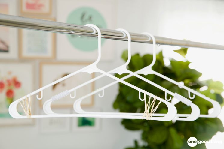 Rubber band hangers