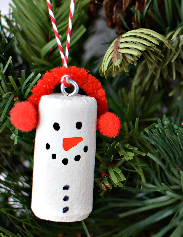 Wine Cork DIY Christmas Ornament