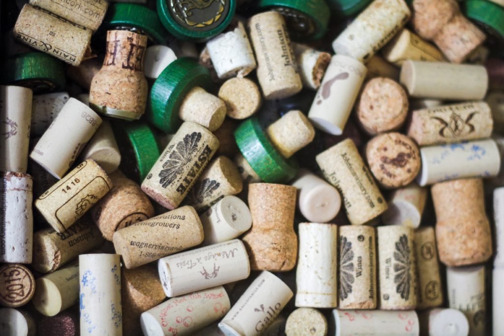 wine corks ready to be reused
